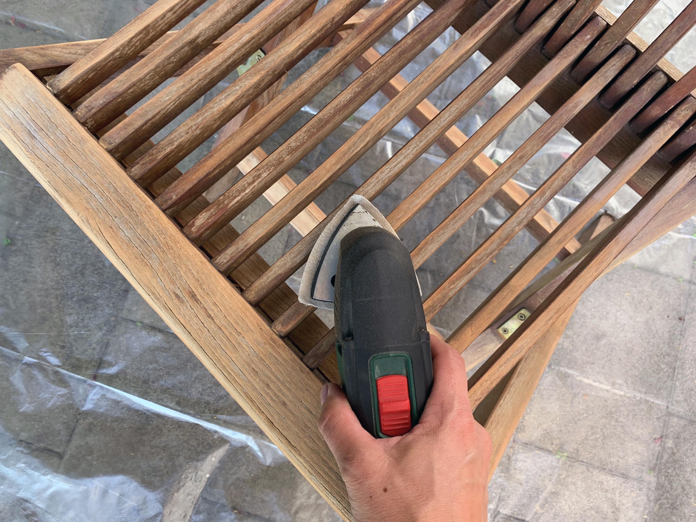 kerti bútor felújítás lazúrral