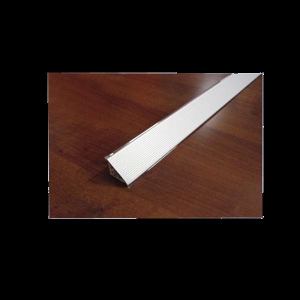 200217_01_vizzaro-aluminium-bordazott.png