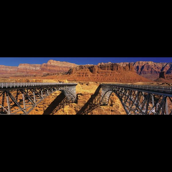 298586_01_vaszonkep-panorama-90x30cm-a-parhuzamosok-a-vegtelenbe.png